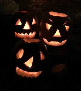 jack-o-lanterns-halloween-safety