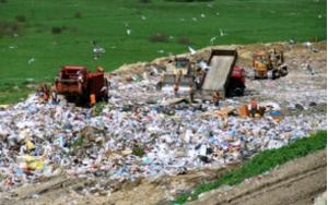 pollution-trash-disposal-landfill