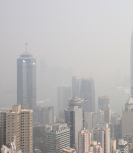 pollution-air-and-water-quality-picture-of-a-hazy-smoggy-city