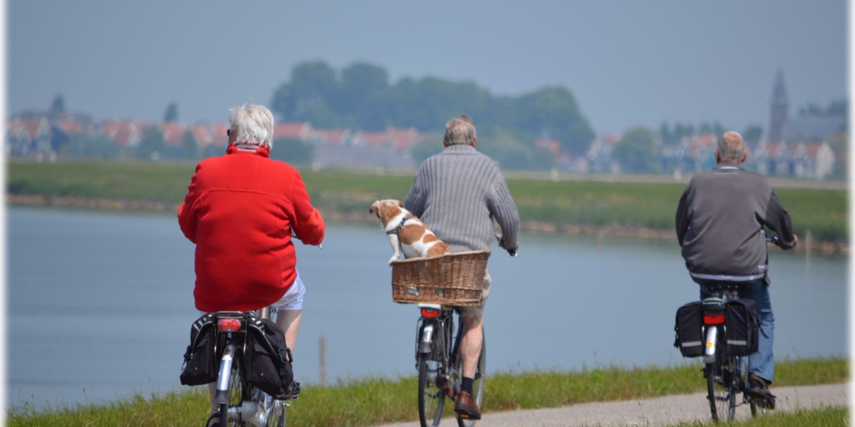 long-life-old-people-on-bikes